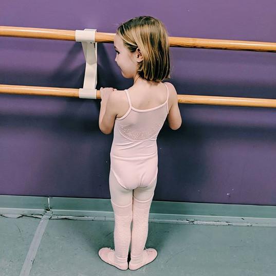 We love our little Friday ballerinas! Se