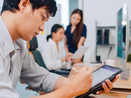 Employee Advocacy: Bridging the Gap Between Employee Engagement & Branding