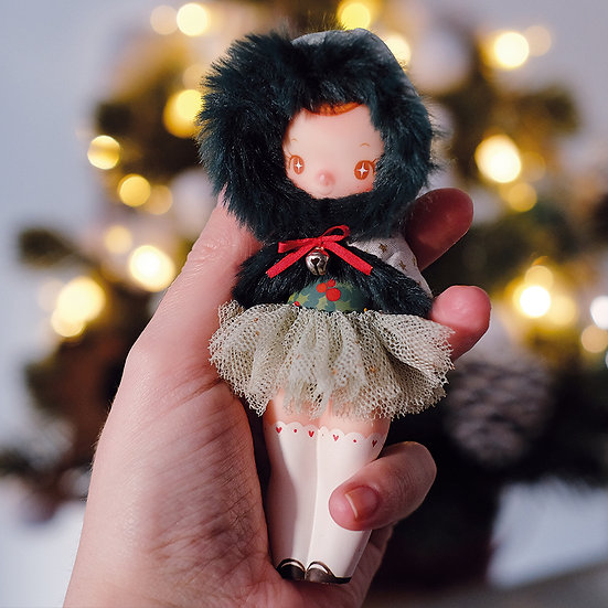 Resin Art Toy: Christmas 2019 Mota