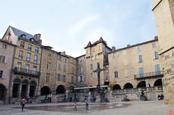 place-du-marche-villefranche-de-rouergue