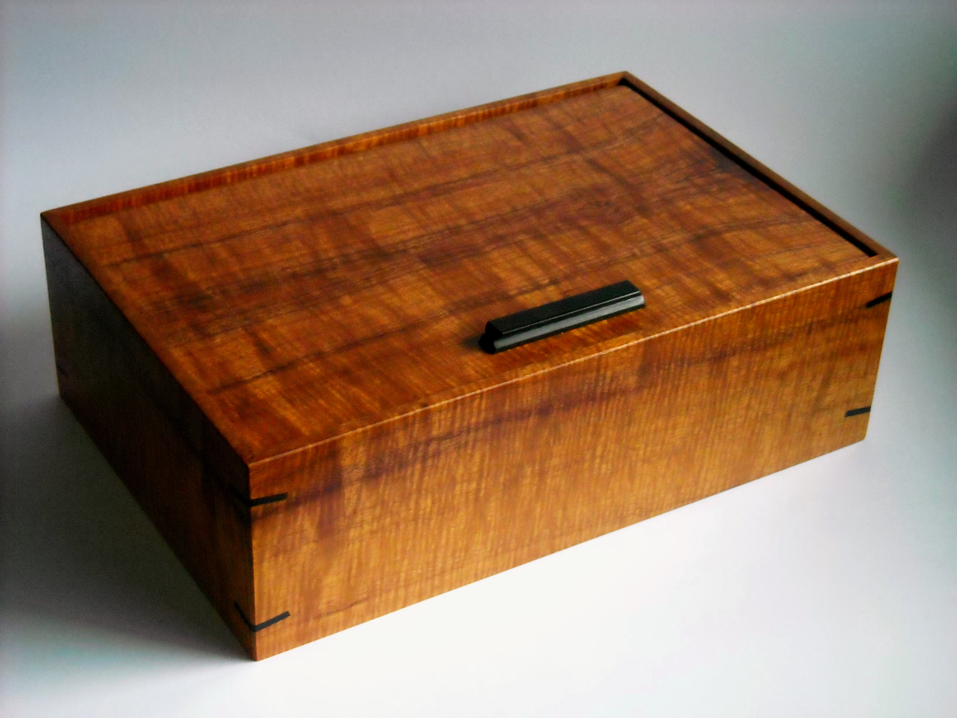 Pin Hinge Watch Box