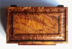 Frame-and-Panel Lid