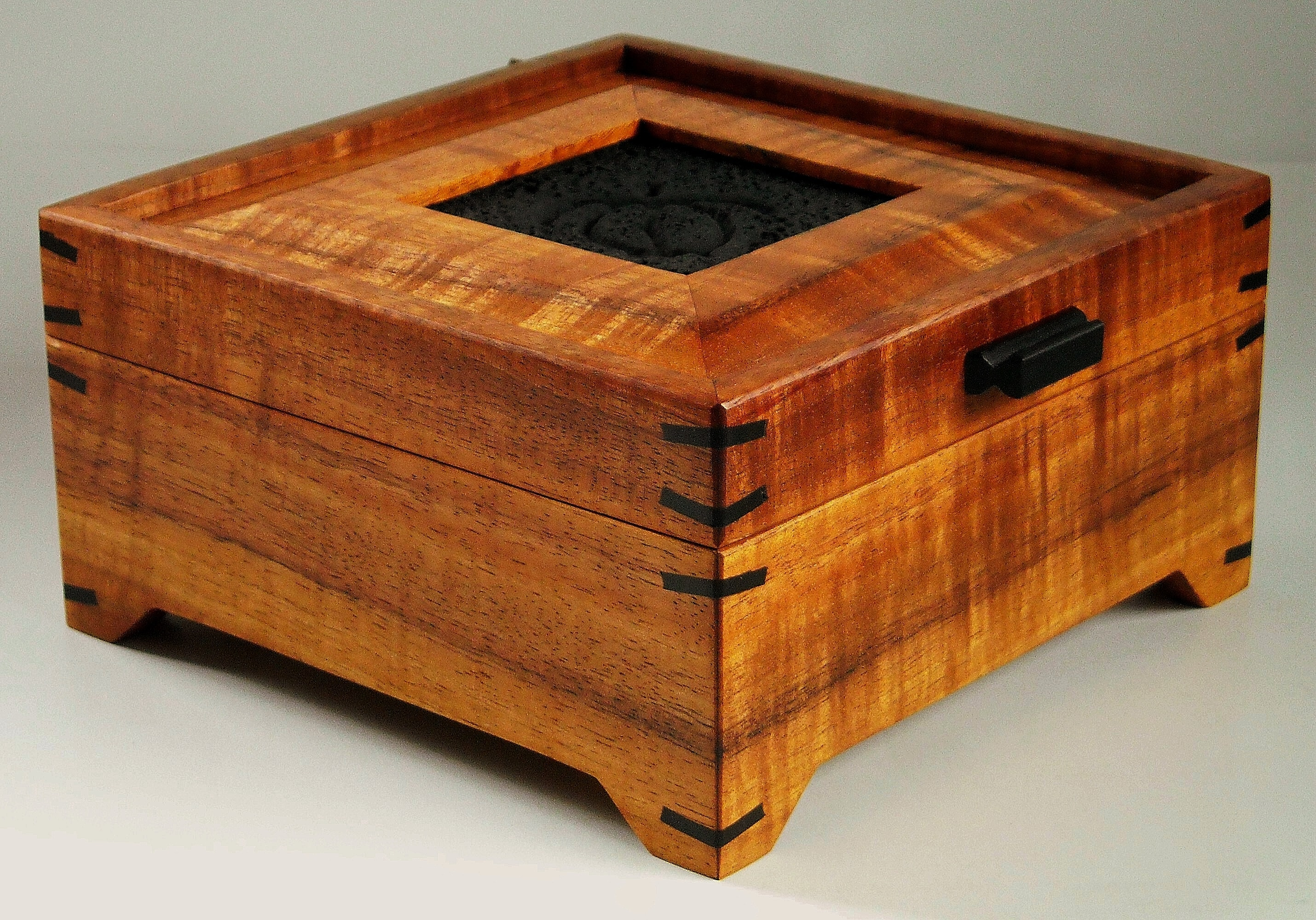 Footed Koa Wood Jewelry Box