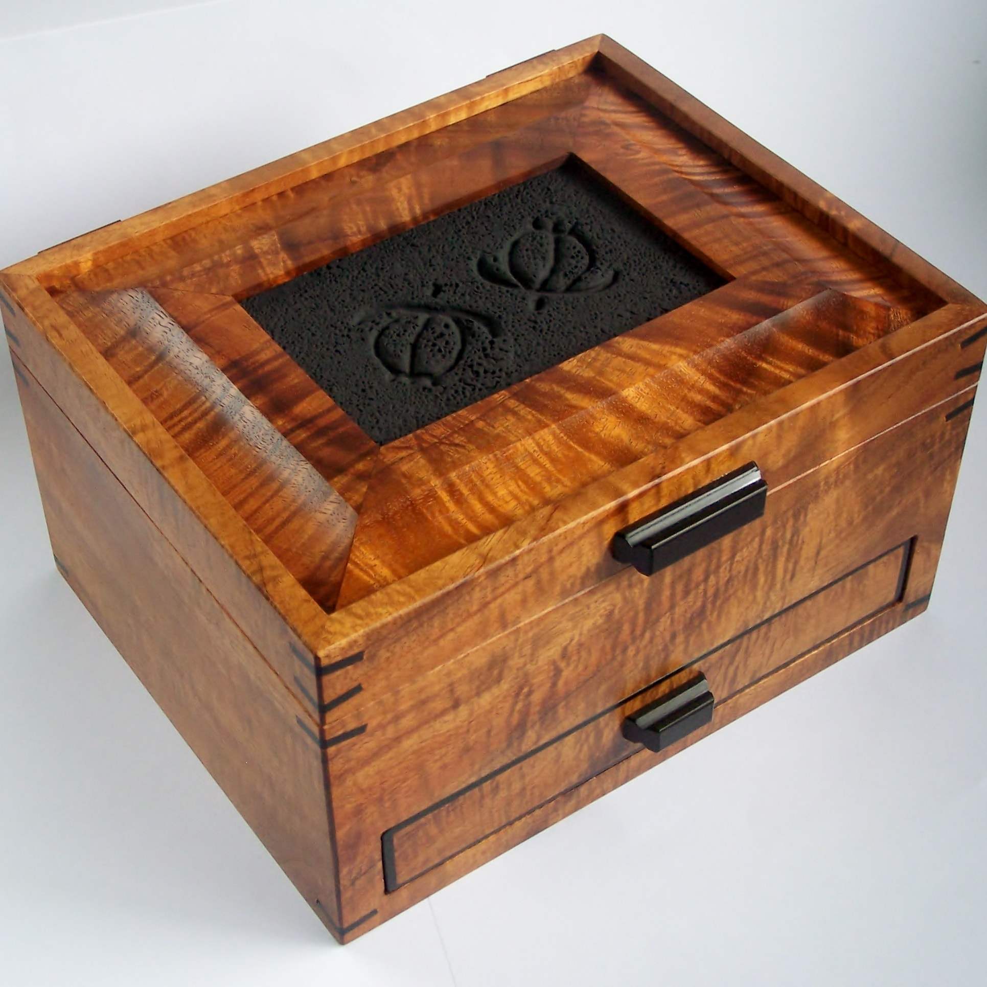 Koa Drawer Box with Honu tile