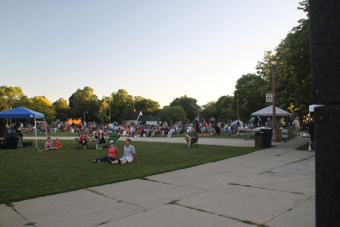 COTG crowd at dusk