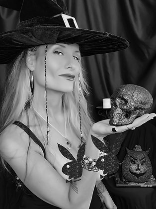 Witchy Poo 02