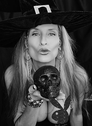 Witchy Poo 01 Uncropped 8X10