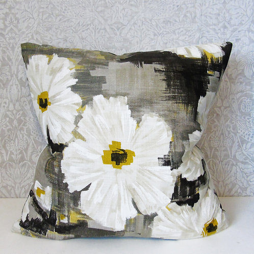 "18"" x 18"" Harlequin Giverny Floral Cushion"