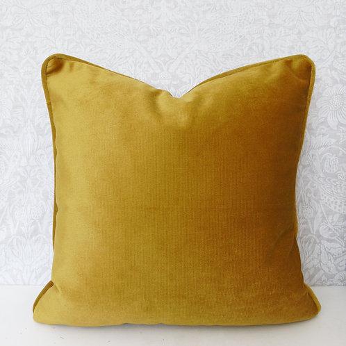 """18"""" x 18"""" Luxury Mustard Yellow Velvet Cushion"""