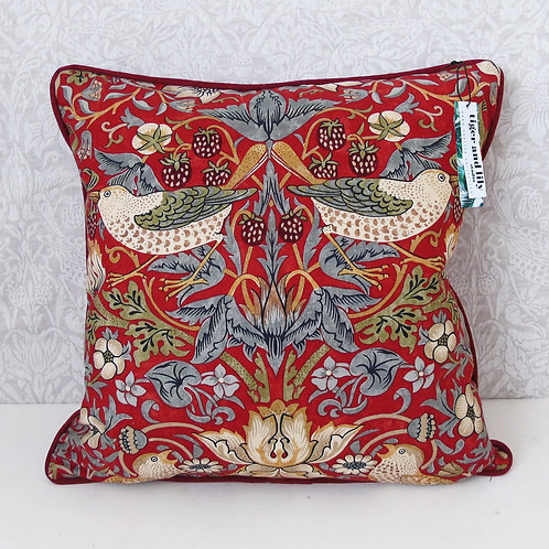 "18"" x 18"" Red William Morris Strawberry Thief Cushion"