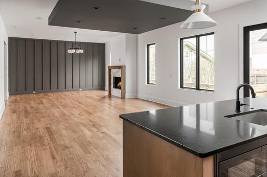 1211B Tremont Living Room 2.jpg