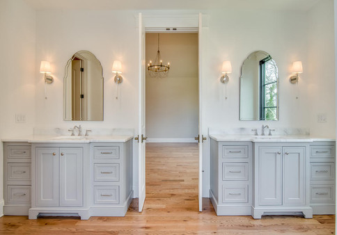 3417A Hopkins Master Bathroom.jpg