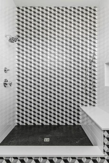 1315B Hawkins Shower.jpeg