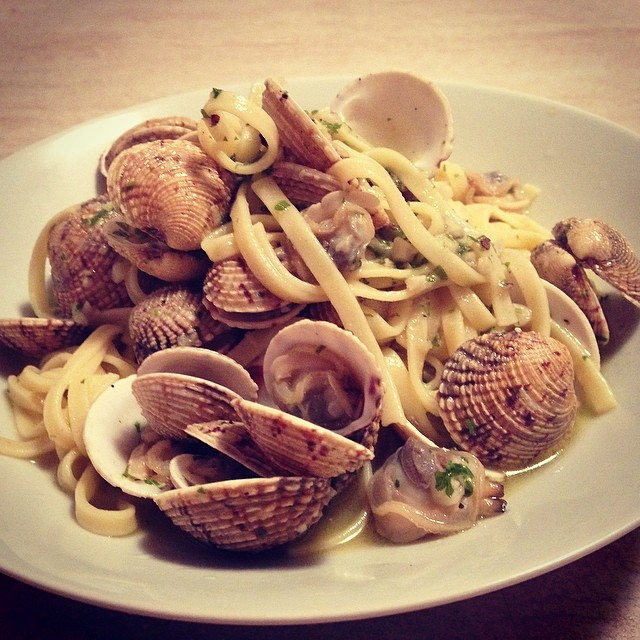 Clam pasta my favourite _) #homemade #fresh #caughtthismorning #firsttime #clams #pasta #yummy #sea