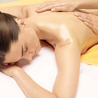 treatment-back-massage_cmyn (1).jpg