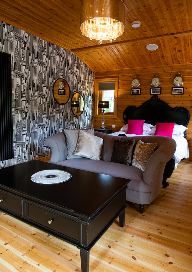 Zoffony Log Cabin