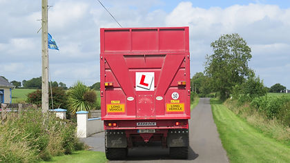 Trailer with L plate 2019.jpg
