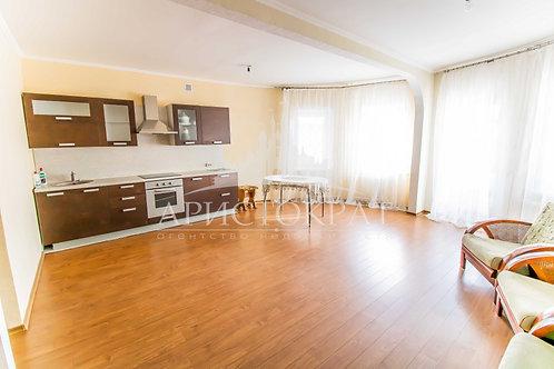 3-к квартира, 97.8 м², 2/8 эт., Бабушкина 108