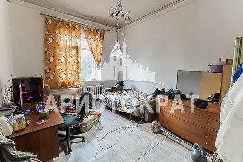 3к, 85 м², 3/3, проспект 100-Летия Владивостокy, 90, Владивосток