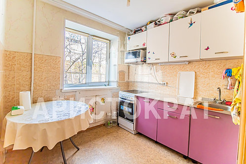 2к, 43 м², 3/, улица Адмирала Юмашева, 20, Владивосток