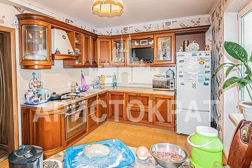 3-к квартира, 86 м², 2/5 эт., Геодезическая улица, 42