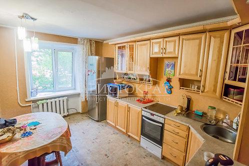 4-к квартира, 88 м², 1/5 эт., Журавлева 68