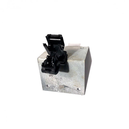 Clema coama conductor acoperis metalic