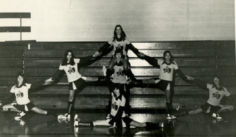 MLS Cheerleaders: 1970