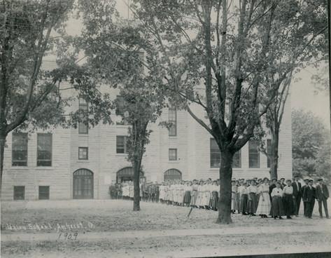 AHS: Class of 1909