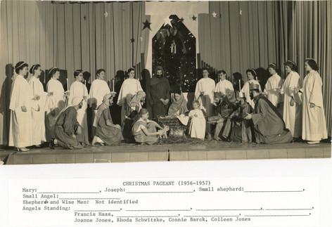 Christmas_pageant_1956.jpg