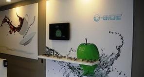 Communication visuelle et signaletique : decoration mural, adhésif mur, portes, marquage au sol, comptoir, caissons lumineux,