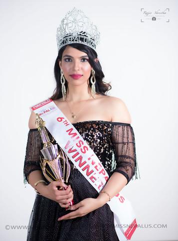 Dilasha Nuepane, Winner / Miss Academic Excellence