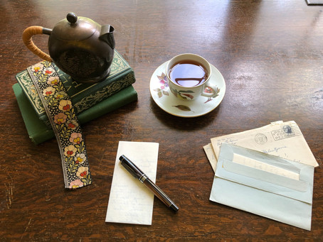 5 Letter Writing Prompts for this Valentine's Day