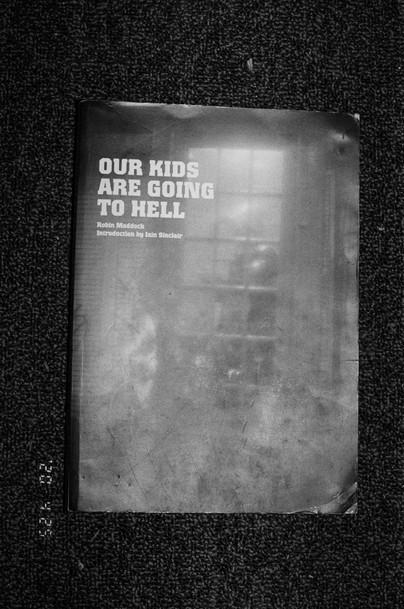 book.000100810016_16.jpg