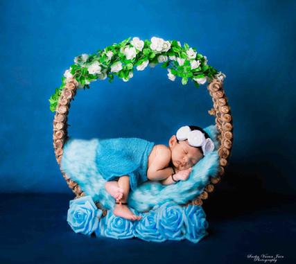 newborn photography chennai girl baby dreamcatcher blue flower