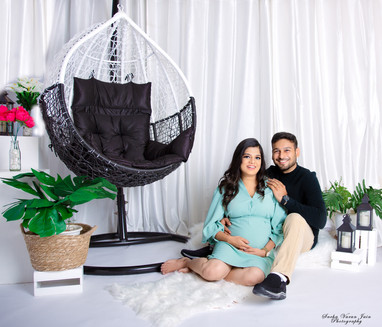 maternity photography pregnancy new mom trimester artistic creative couples love belly