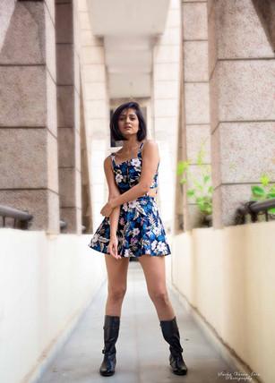 fashion photography pose style model portrait sexy sakshi gupta