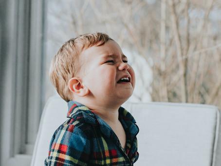 Criança não chora à toa. Ela quer comunicar algo!