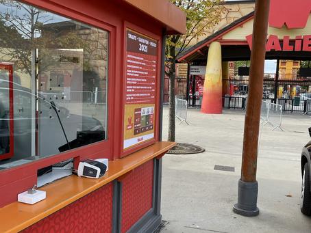 Walibi opent terug de deuren met Public IV intercoms aan de loketten