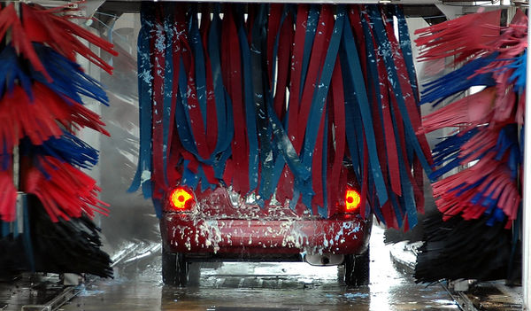 car-wash-1619823_1920.jpg
