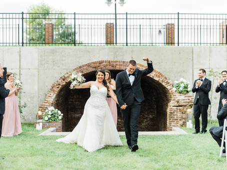 Classic Elegance at Venue Chisca | Monica + Nick