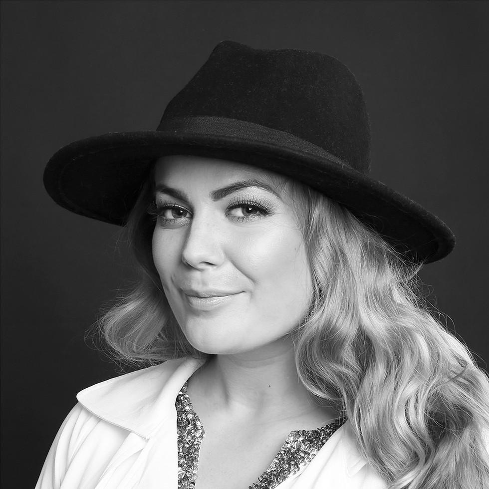 Andlit - Helena Stefánsdóttir ljósmyndari