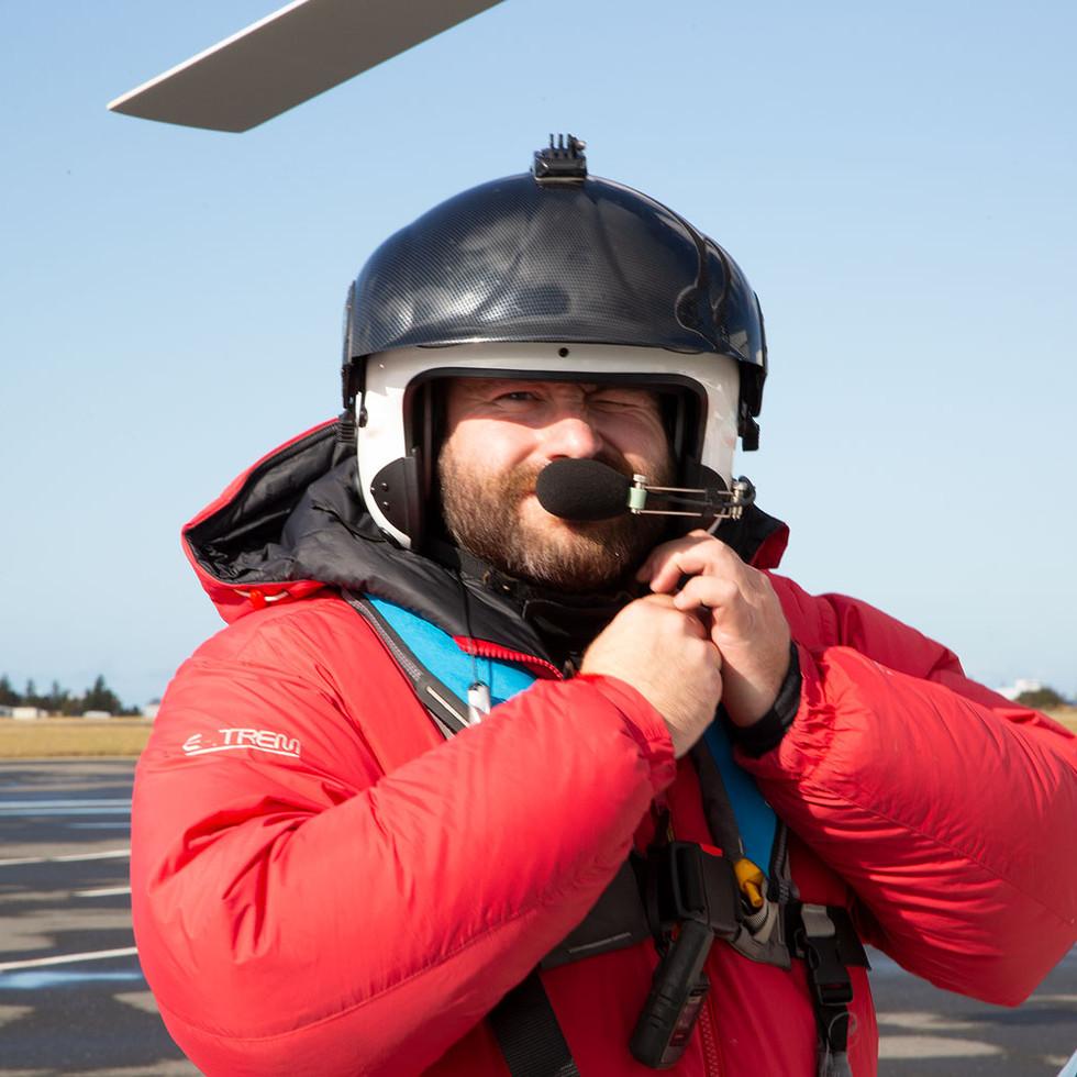 SMELLIÐ Á MYNDINA - James Ketchell á Gyrocopter flugvél umhverfis hnöttinn