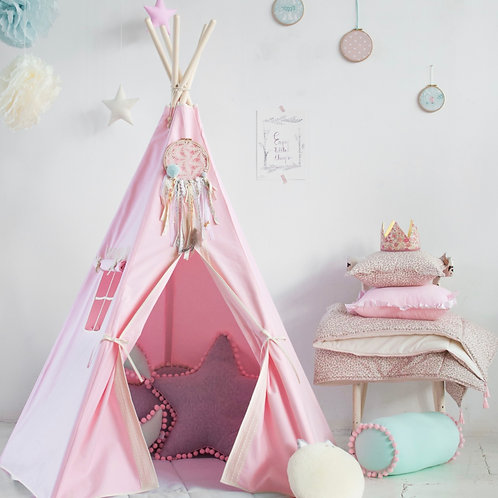 Delicate Pink Lace Teepee Set