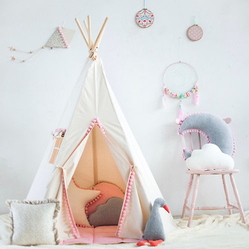 Beautiful Pink Pom Pom Teepee Set