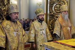 イラリオン府主教と主日聖体礼儀