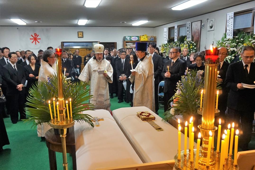 苫小牧正教会聖堂での葬儀