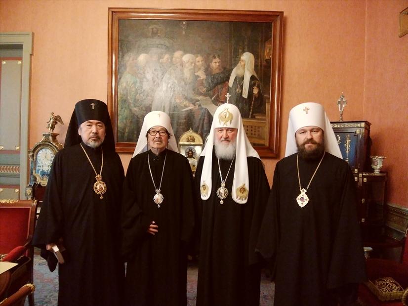 主教会議記念写真