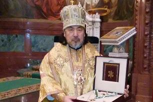 聖セラフィム二等勲章を授与される