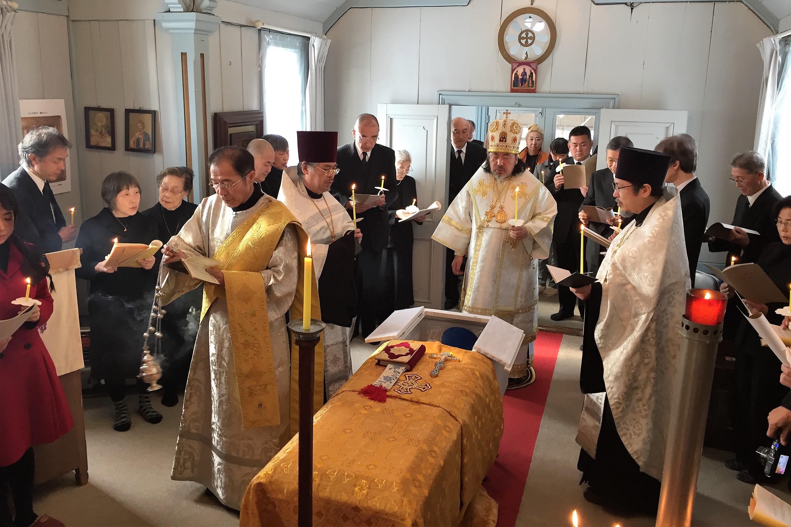 曲田福音会堂での埋葬式